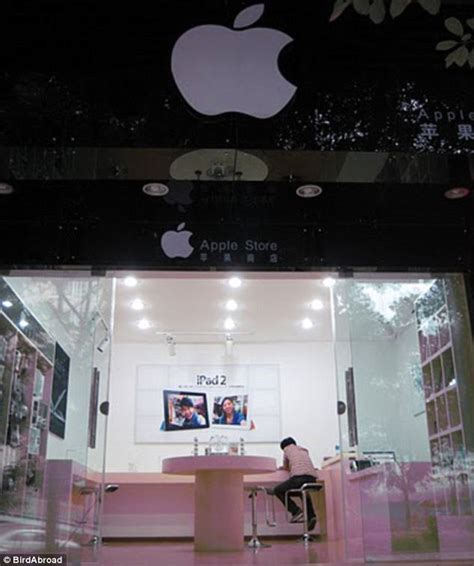fake apple store  china  convincing
