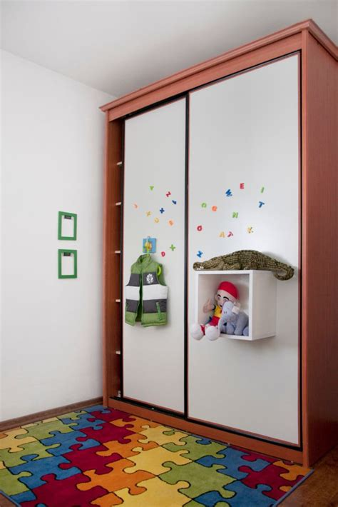 Magnetic Closet Doors Coat Your Closet Doors With Magnet Receptive Metal Panels And Make Your Kid S Room Cool Useful