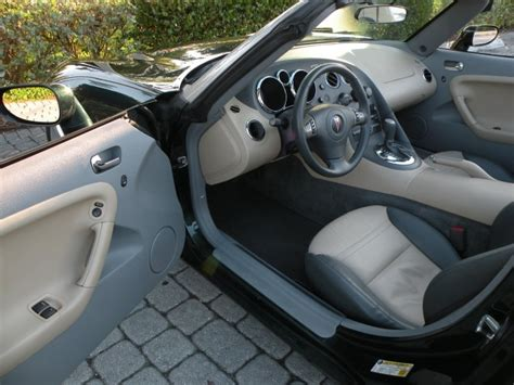 Auto Upholstery Fort Myers by 2007 Pontiac Solstice Fort Myers Florida For Sale In Fort