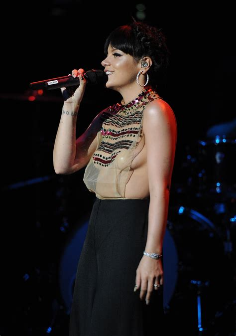 lily allen  sawfirst hot celebrity pictures