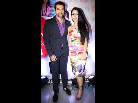 parveen babi natak stylish celebs at the savvy awards pics boldsky