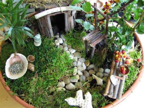 recycle miniature fairy garden designs