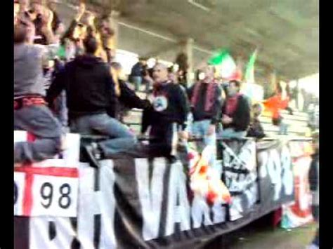 ultras pavia blood honour pavia varese