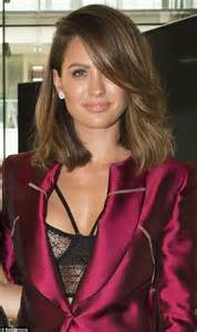 bianca spender hair hairstylegalleries com jesinta cbell reveals new hairstyle at oscars party
