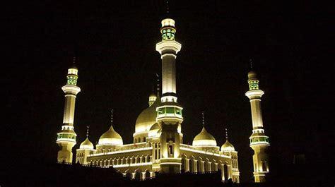cina tunda bongkar masjid setelah ribuan muslim berunjuk