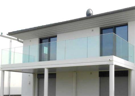 balkongeländer glas balkongel 228 nder glas gel 228 nder mit glasf 252 llung und