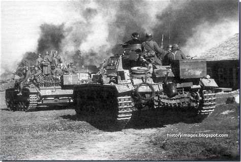 HISTORY IN IMAGES: Pictures Of War, History , WW2: Battle ...