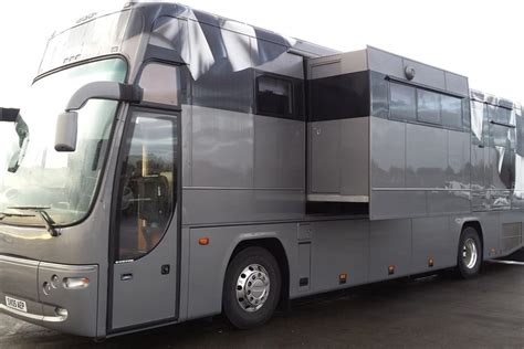 Racecarsdirect.com   Race Car Transporter / Motorhome