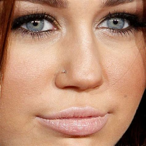does miley cyrus have stretched lobes miley cyrus piercings jewelry steal her style