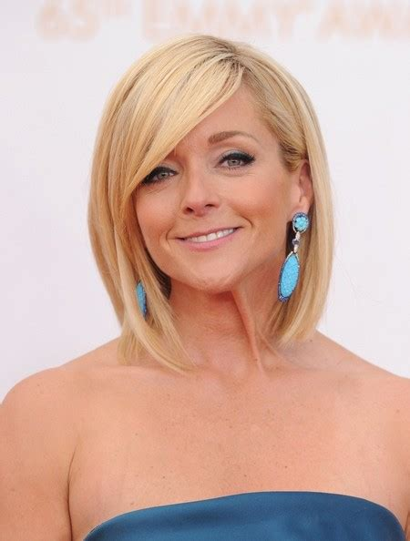 jane moore short blonde hair jane krakowski modern family wiki fandom powered by wikia