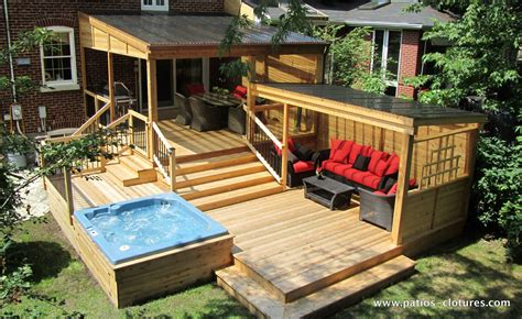 multi level deck including a pergola with polycarbonate