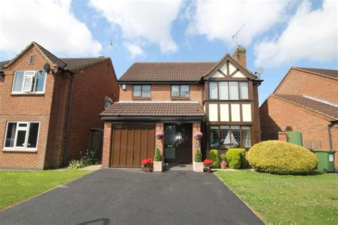 4 bedroom house for sale leicester 4 bedroom detached house for sale in somerfield way