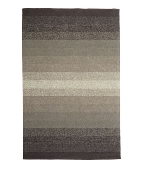 neva indoor outdoor rug 7 6 quot x 9 6 quot