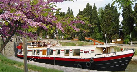 airbnb boats south of france hotel barge cruises on the canal du midi france hotel