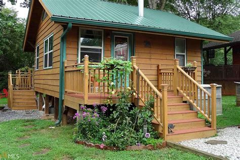 Cabins In Cleveland by Can You Guess The Price Of These Mini Houses At