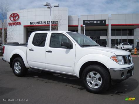 white nissan frontier 2005 avalanche white nissan frontier se crew cab 4x4
