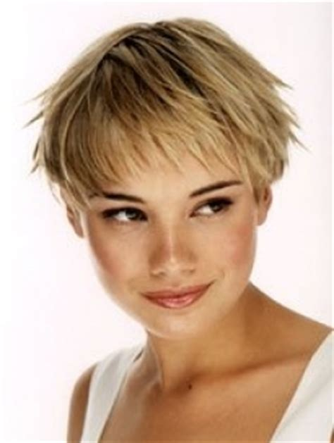 low maintenance short haircut low maintenance short hairstyles