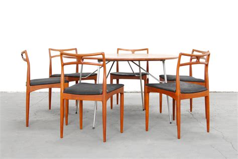 set of six danish modern dining chairs at 1stdibs set of six dining chairs by johannes andersen teak mid