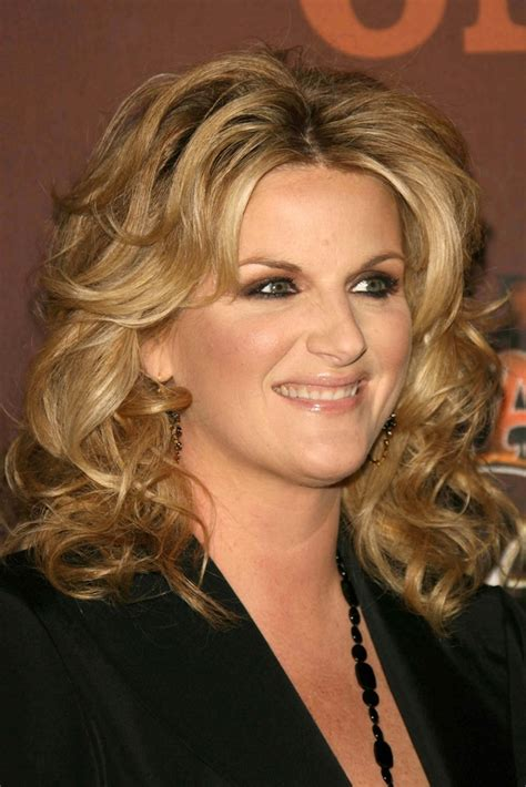 trisha yearwood shaggy hairstyle trisha yearwood short shaggy hairstyle trisha yearwood