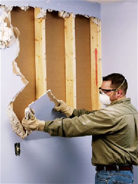 Drywall: How to Remove Existing Drywall   Building