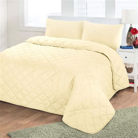 Quilted Single Bed Throws by Luxury Soft Plain Dyed Polycotton Quilted Bedspread Bed