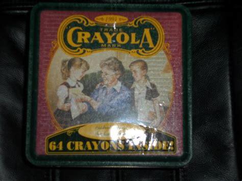 Kotak Crayon Set Isi 54 Pcs crayons 1994 crayola 54pc crayon set