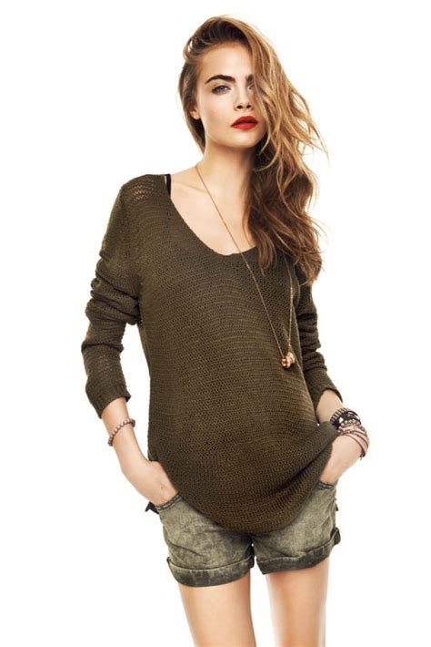 casual model girl cara delevingne stars in reserved s spring 2013 lookbook