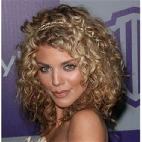 curly dirty blonde hair blonde curly hair on pinterest curly hair problems