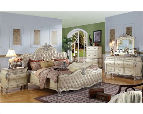 White Antique Bedroom Furniture Antique White Bedroom Set Mcfb8301set