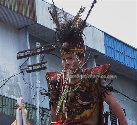 cap  meh parade kota singkawang west kalimantan
