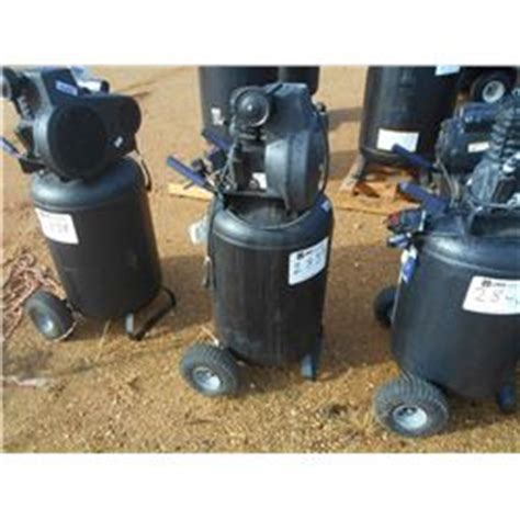 kobalt 30 gallon air compressor kobalt 30 gallon upright air compressor 110 volt electric j m wood auction company inc