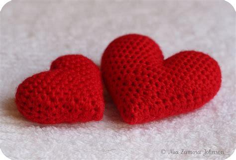 pattern amigurumi heart corazoncitos amigurumi hearts free crochet pattern from