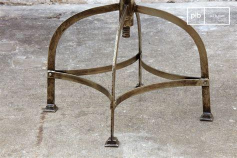 Chaise Tole by Chaise D Atelier En T 244 Le Perfor 233 E Style Atelier Pib