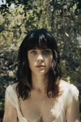 Cqs Favourite Zooey Deschanel by 25 Best Ideas About Black Haircuts On