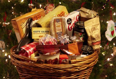 Cracker Barrel $100 Giftcard & $100 Basket Giveaway! :: Southern Savers