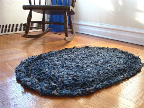 diy jean rug 25 different ways to recycle your blue