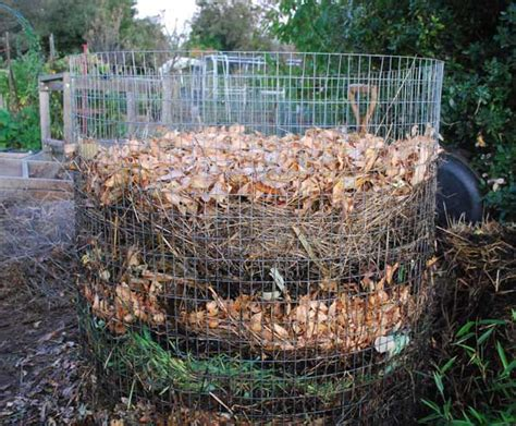 how to make a compost pile in your backyard compost pile layers