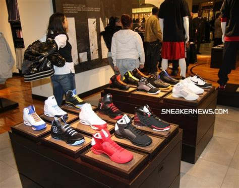 house of hoops chicago house of hoops chicago grand opening recap sneakernews com