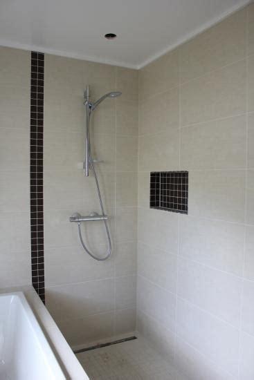 deckenleisten bad bad sanierung tag 16 und so weiter