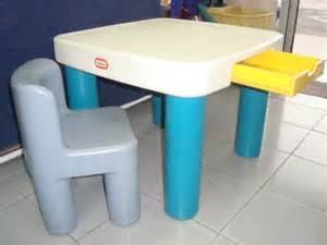 Little Tikes Table And Chair Set Kedai Bundle Toys Thetottoys Little Tikes Classic Table