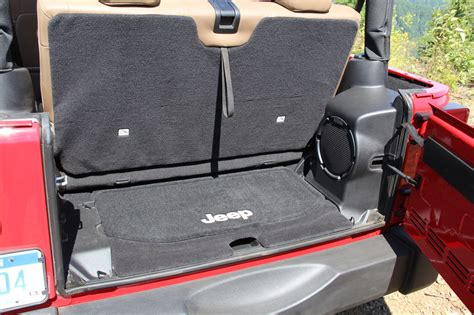 Jeep Wrangler Cargo Space Jeep Wrangler Unlimited Cargo Space Html Autos Post