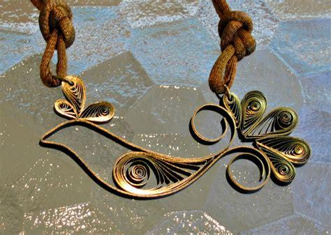 paper quilling birds tutorial quilled bird necklace allfreepapercrafts com
