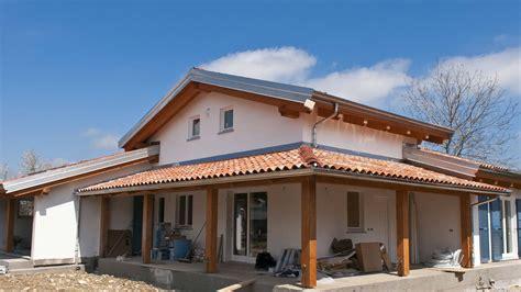 casa famiglia cuneo beinette cuneo casa in legno bbs con autorimessa