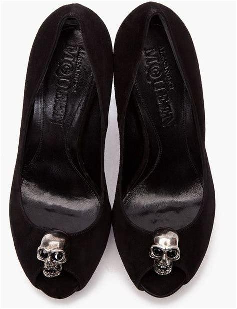 Mcqueen Skull Heels by Mcqueen Skull Peep Toe Pumps In Black Lyst