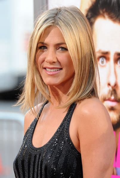 Aniston Hairstyles Pictures by View Pictures Of Aniston Hairstyles Haircut