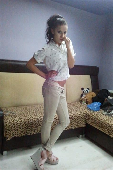 Beige Skinny Bershka Jeans Tan Floral Top Shop Shirts
