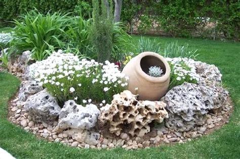 ghiaia da giardino prezzi sassi per aiuole da giardino prezzi con ciottoli e sassi