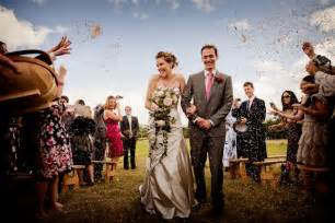 wedding photographers important aspects of becoming a professional wedding photographer photography articles news