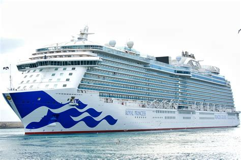 Regal Princess by Royal Princess Emerges From Drydock With New Livery Photos