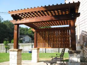 Ideas splendid outdoor kitchen island design under wooden pergolas